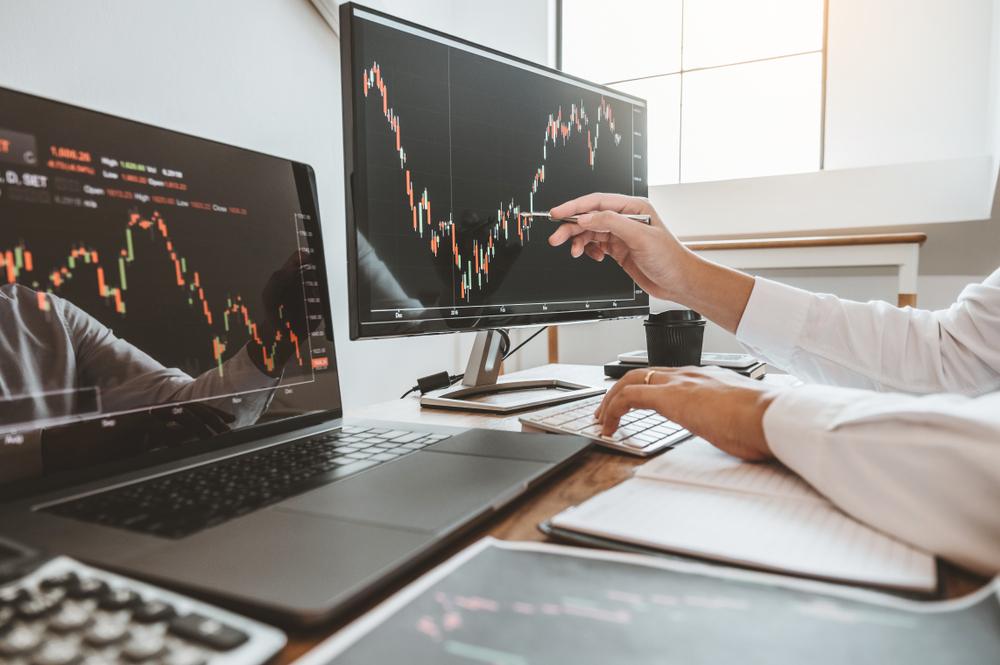 Darum sollten Sie jetzt in Aktien investiert bleiben