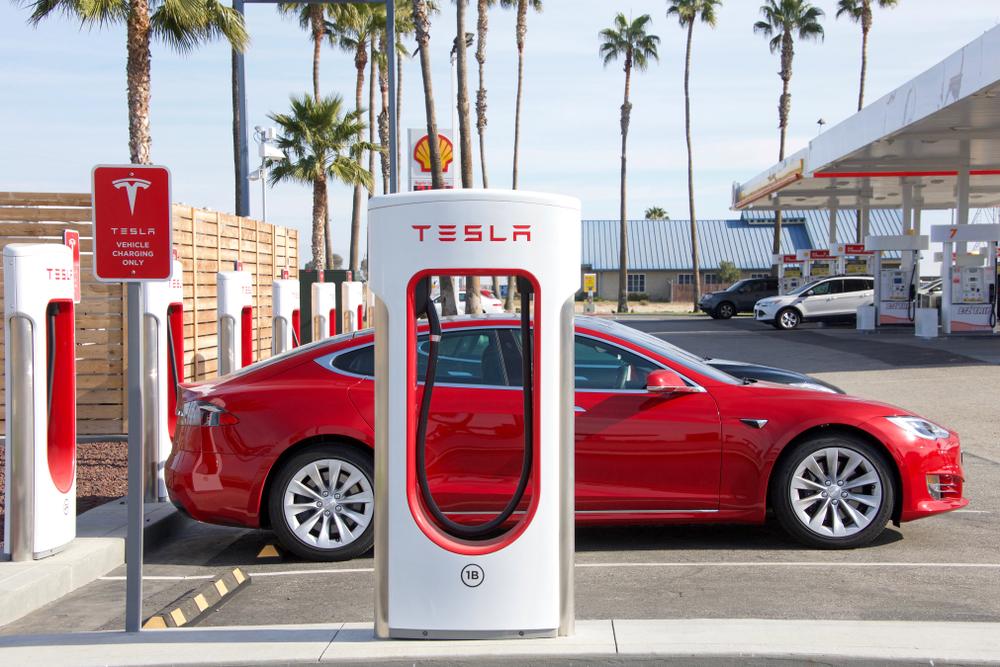 Tesla kennt keine Corona-Krise
