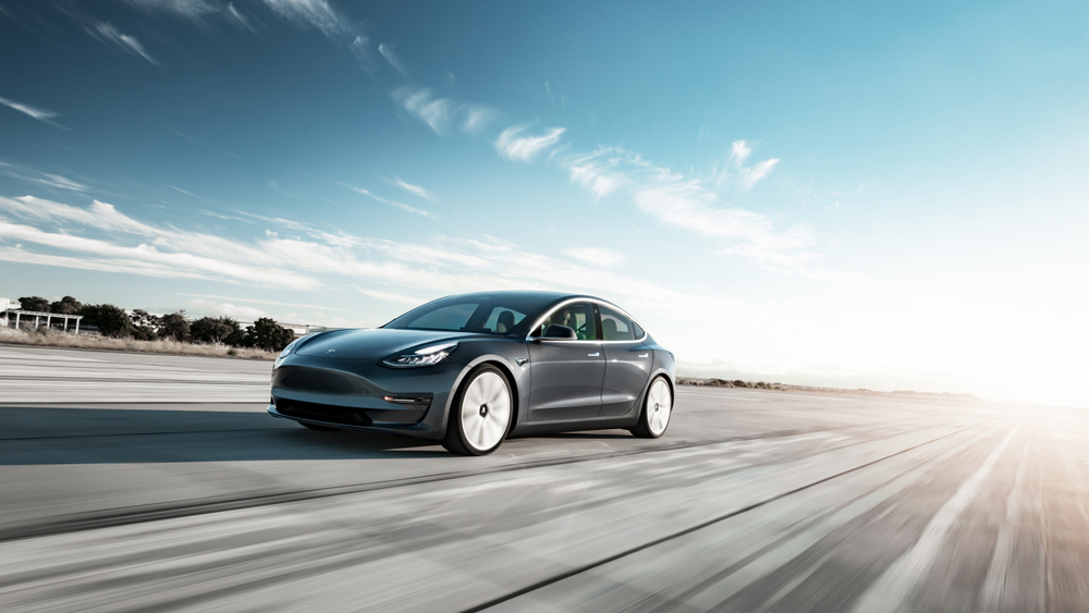 Praxis-Check: Tesla 3 versus VW ID.3